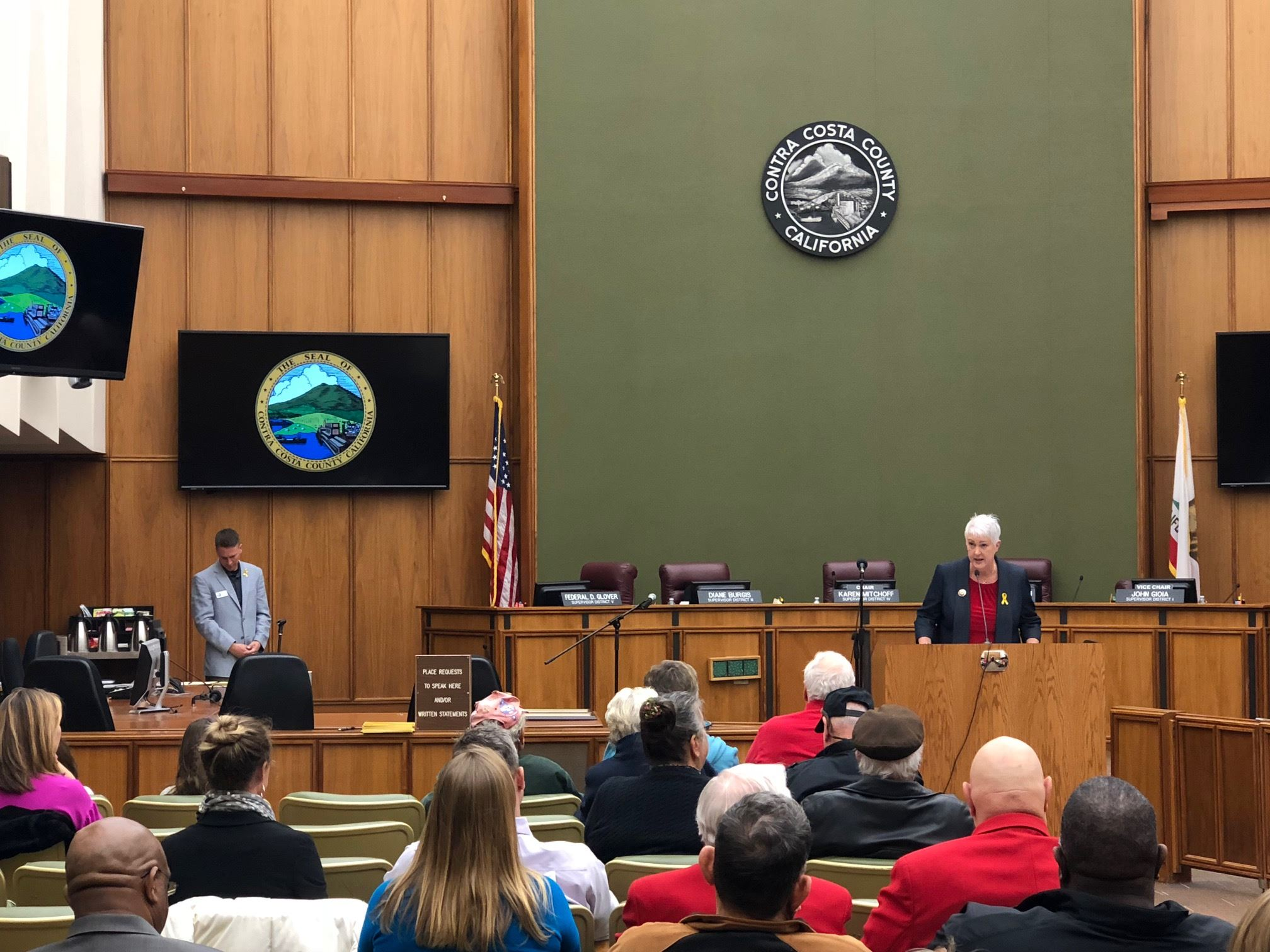 100th Veterans Day Celebration Bd Chambers wide shot 11-13-18