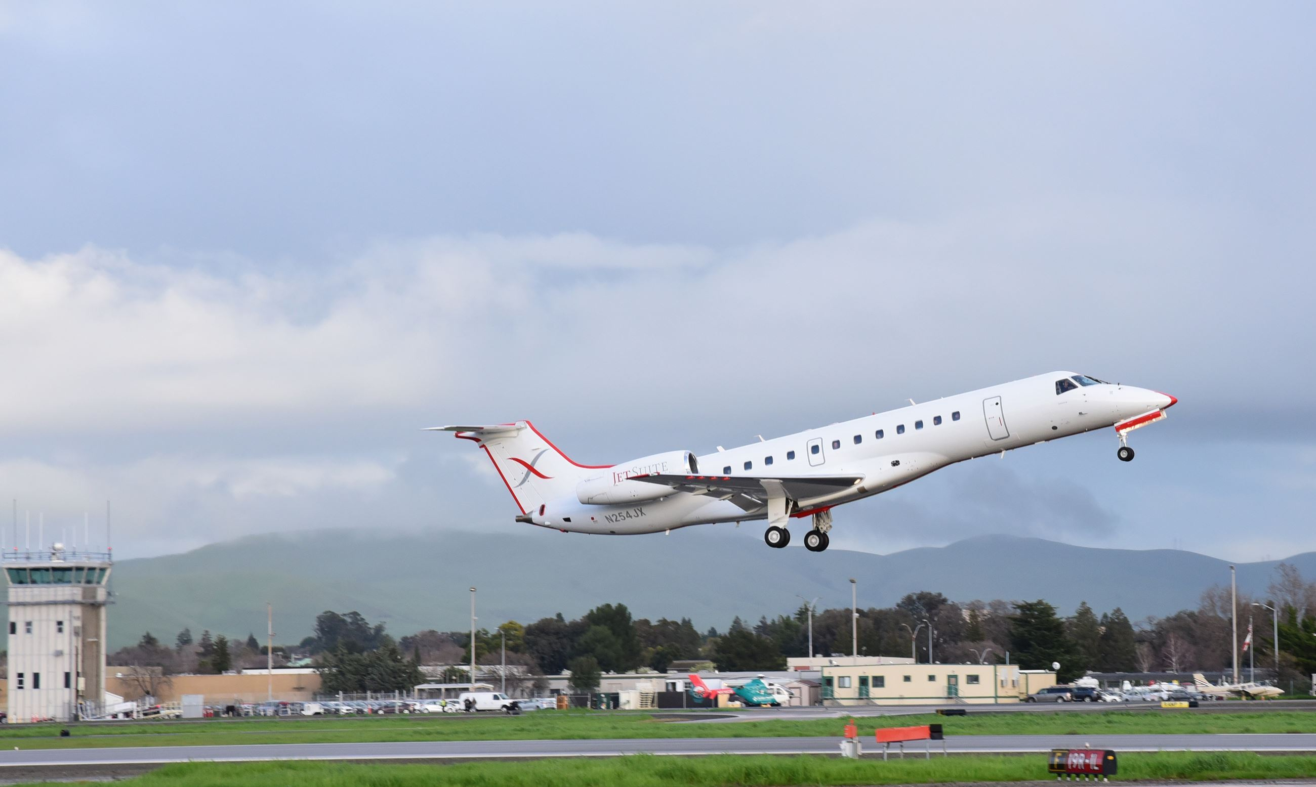 Jetsuite taking off from the airport